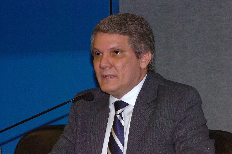 Foto: Francisco Emolo / Jornal da USPAntonio Carlos Hernandes