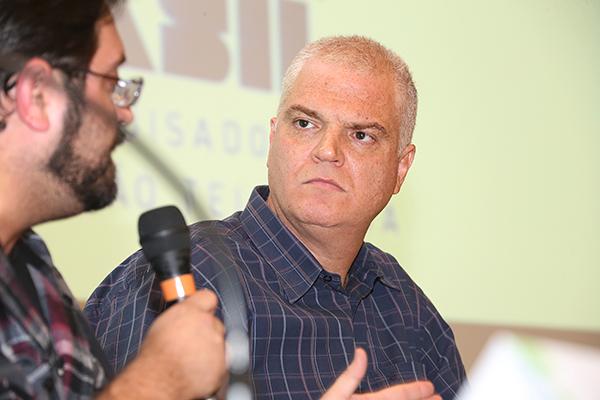 Rodrigo Fonseca e em destaque, o pesquisador Mauro Alencar |Foto: Marcos Santos